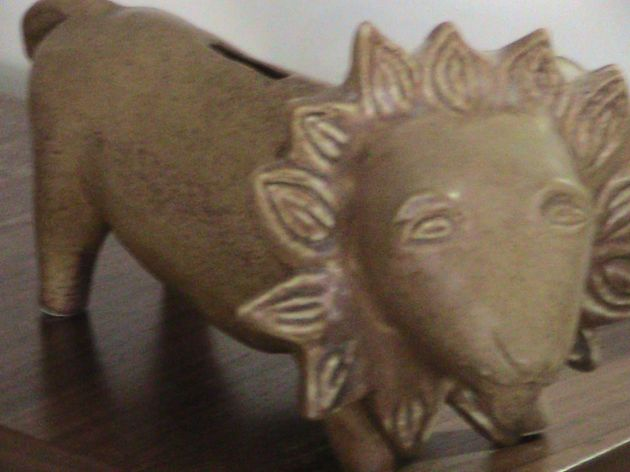 This lion bank(which is empty) was given to me by Grandma for my junior high performance as Androcles in George Bernard Shaw's Androcles and the Lion.