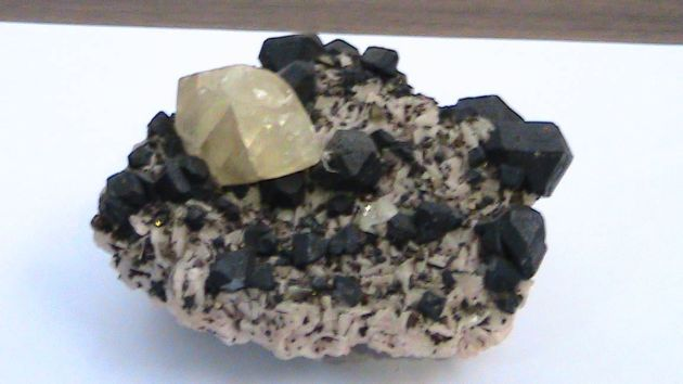 Sphalerite w/Calcite and Chalcopyrite on Dolomite, 10.2 cm x 7.6 cm x 5.1 cm. Location unknown.